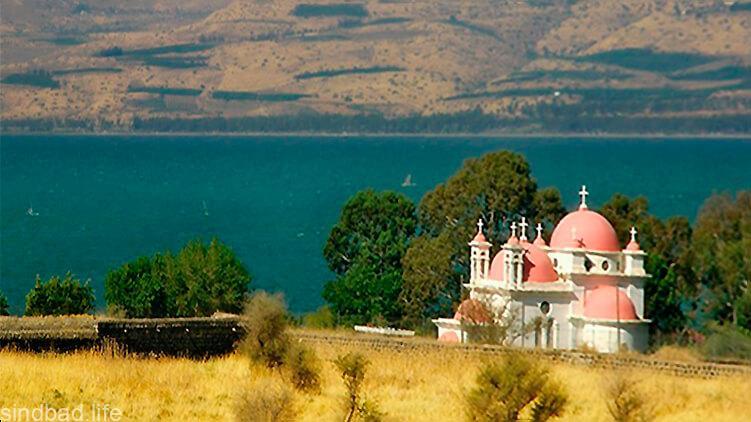 Картинка с тивериадским озером