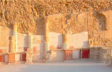 Древняя крепость Масада