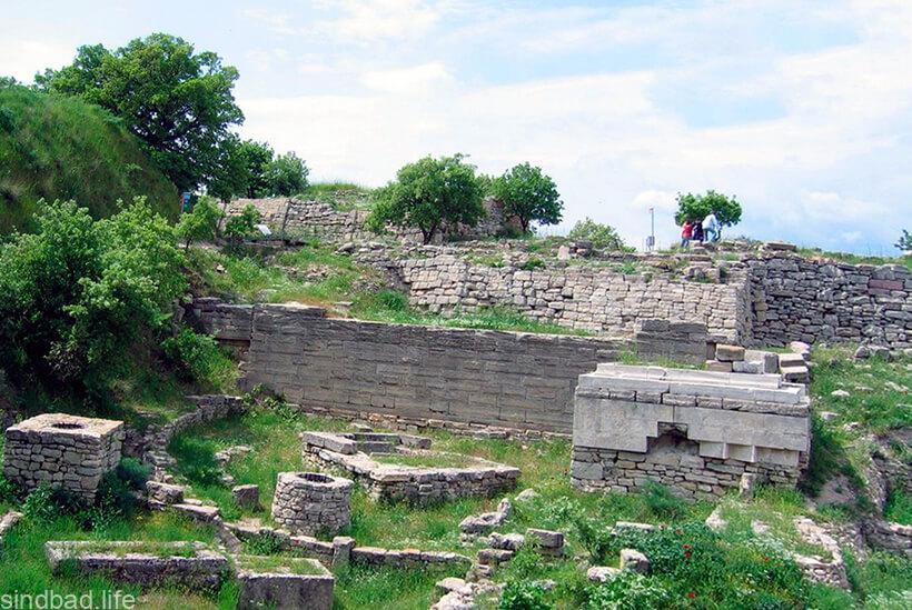 Оборонительные стены Трои