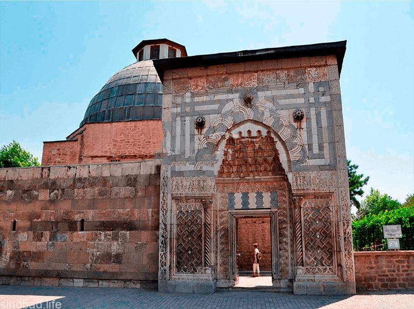 Музей Каратай
