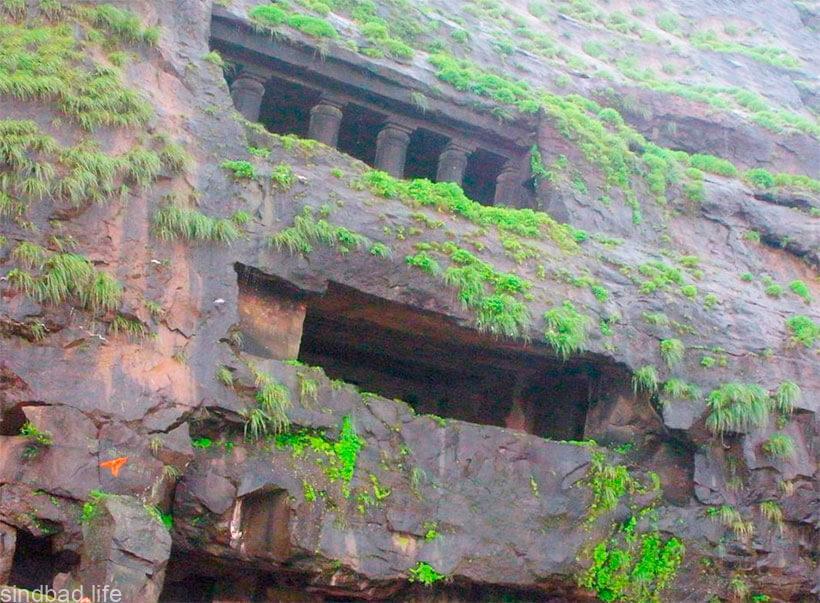 Пещерный буддистский храм Карли