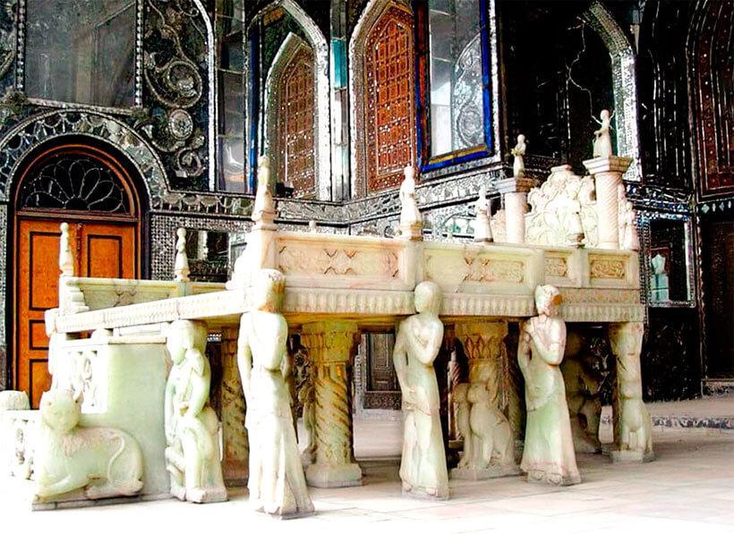 Мраморный трон в Тегеране